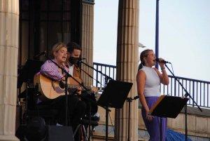 eastbourne bandstand singer songwriters summer concert2